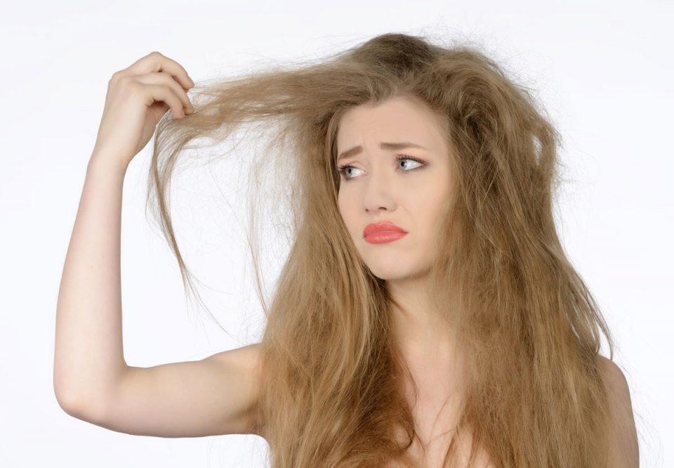 capelli secchi: beauty routine