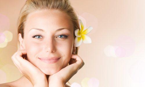 Le cattive abitudini che influenzano negativamente la salute e la bellezza della pelle