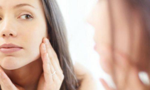 Pelle grassa: come riconoscerla e quale crema viso usare