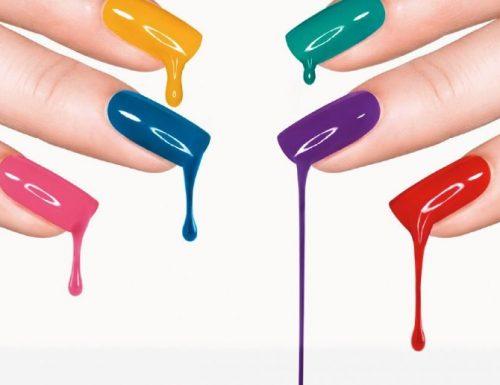 Il colorato mondo degli smalti: gli ingredienti buoni e quelli da evitare