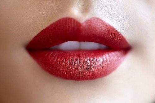valorizzare e curare le labbra