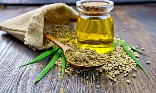 Olio di Canapa: l'alleato della pelle infiammata o acneica