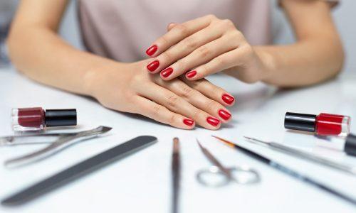 Il rimedio fai da te per unghie fragili e che si spezzano